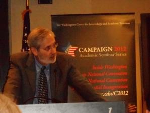 Bill Dauster speaking during an academic seminar at the Washington Center