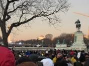 Early Sun Crowd