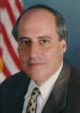 Former Secretary of Agriculture, Dan Glickman. Photo courtesy of wikipedia.